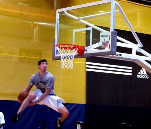 Joe Alexander dunk highlights