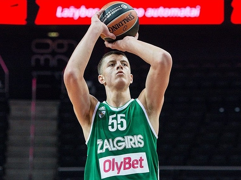 Isaiah Hartenstein Matchup Video