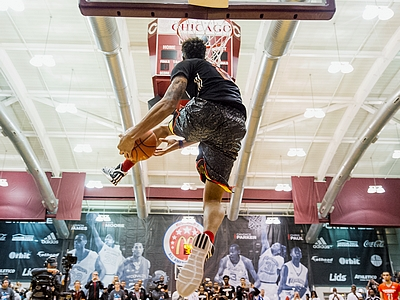 2014 McDonald's High School All-American Dunk Contest – Kelly Oubre